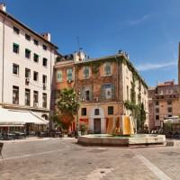Apaiser la gourmandise dans le meilleur restaurant de la ville de Marseille